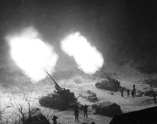 155mm-GMC-M40-Korea-19511126