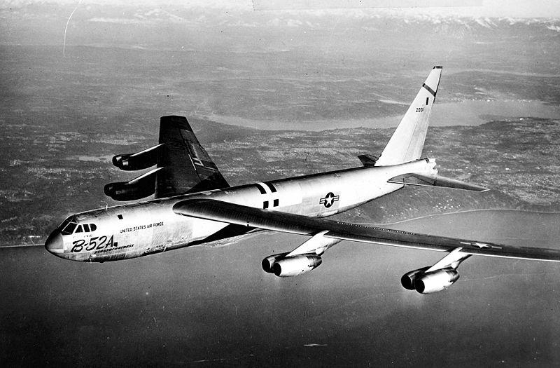 800px-B-52A