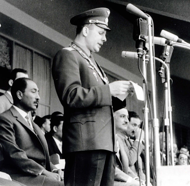615px-Gagarin_and_Nasser_and_Sadat_in_Cairo_Egypt_01-02-1962