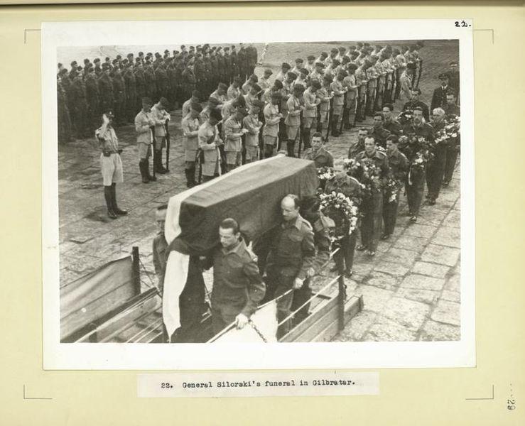 739px-General_Sikorski's_funeral_in_Gibraltar