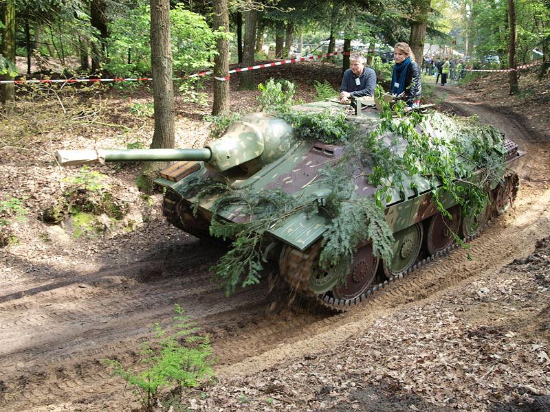 Sprawny Jagdpanzer 38(t) Hetzer w 2010 roku. Źródło: Wikimedia Commons, domena publiczna.