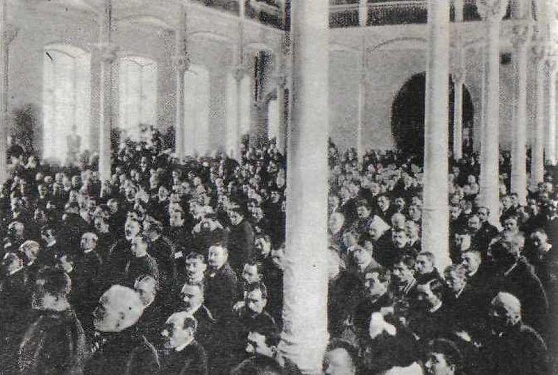 800px-Posiedzenie_sejmu_1919