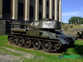 T-34\85 w Muzeum Wojska Polskiego w Warszawie. Czołgi T-34 były wykorzystywane przez Wojsko Polskie do 1987 roku. fot. Michał Szafran, odwaszegofotokorespondenta.blogspot.com