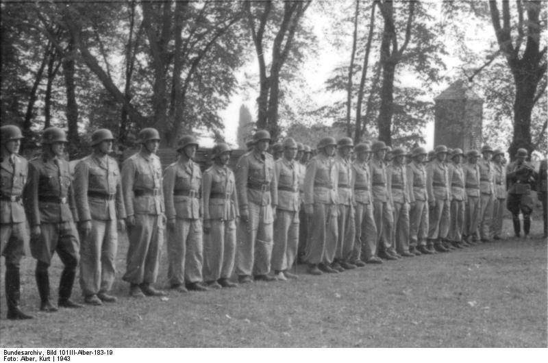 Ludzie Skorzennego w Friedenthal, źródło: Bundesarchiv, licencja: CC BY-SA 3.0 DE