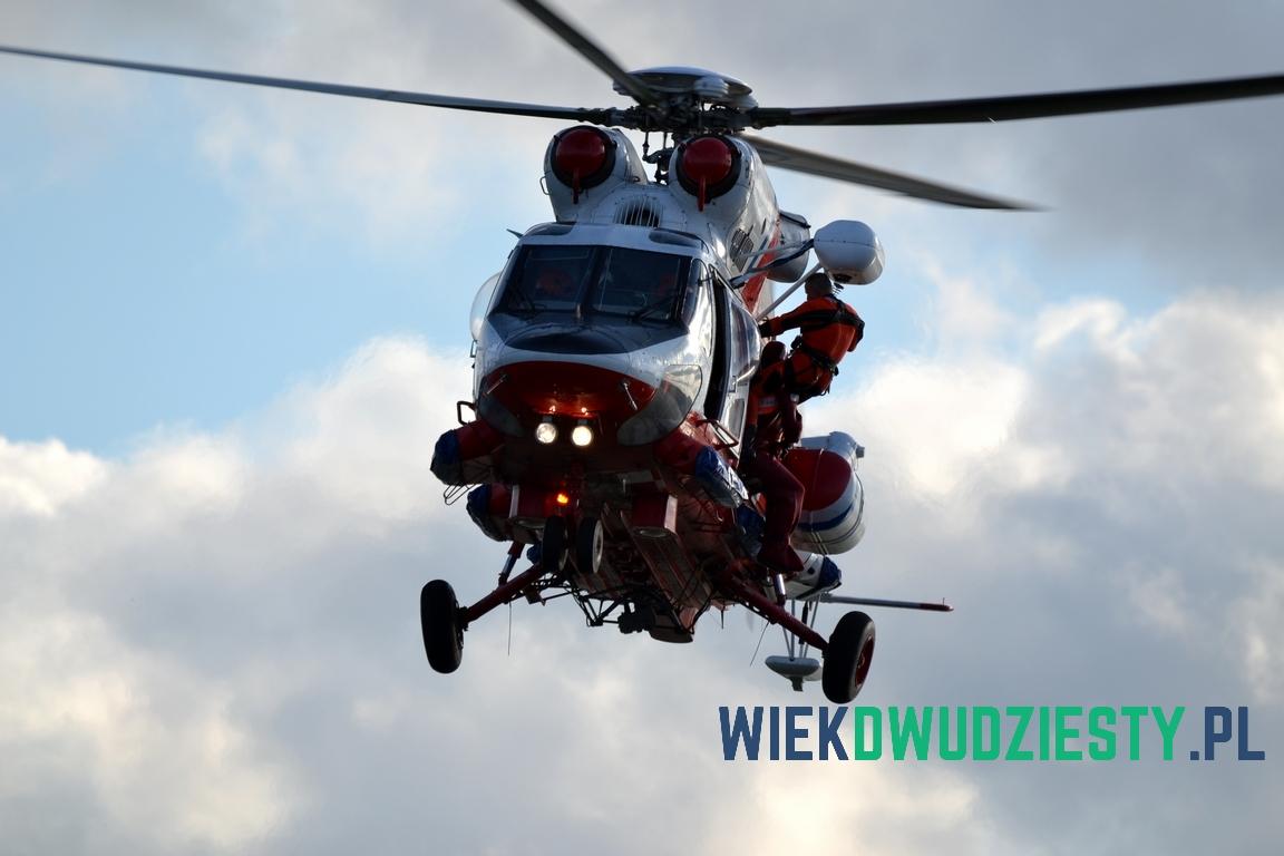Anakonda w trakcie symulowanej akcji ratowniczej. Fot. Michał Szafran, odwaszegofotokorespondenta.blogspot.com