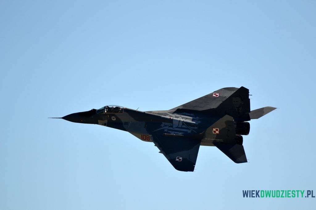 Godło 111 eskadry myśliwskiej widoczne na samolocie MiG-29.  fot. Michał Szafran, odwaszegofotokorespondenta.blogspot.com