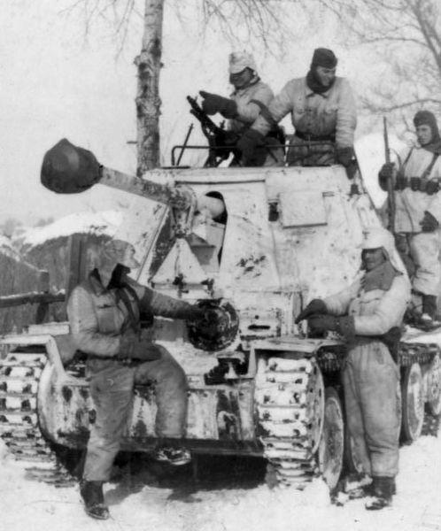 Niszczyciel czołgów Marder III z LSSAH w okolicach Charkowa, 1943. Źródło: Bundesarchiv, Bild 101III-Roth-173-01 / Roth, Franz / CC-BY-SA