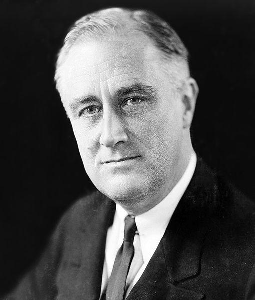 Franklin Delano Roosevelt w 1933 roku. Źródło: Biblioteka Kongresu Stanów Zjednoczonych, domena publiczna.