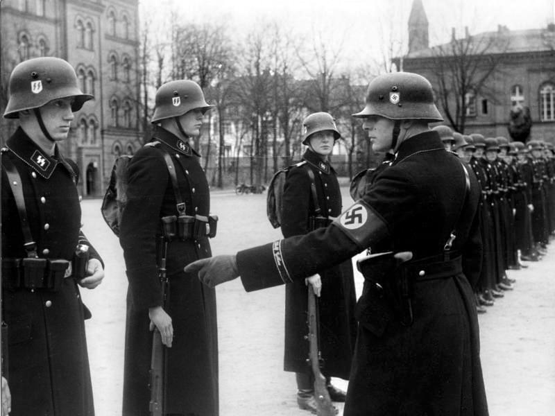 LSSAH w 1938 roku. Źródło: Bundesarchiv, Bild 183-H15390 / CC-BY-SA