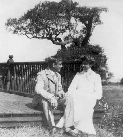 Eleanor Roosevelt and Franklin D. Roosevelt, Kanada, rok 1904. Źródło: Wikimedia Commons, domena publiczna.