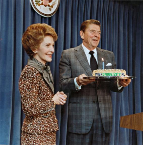 Prezydent Reagan podczas 1. urodzin portalu historycznego wiekdwudziesty.pl. Źródło: Wikimedia Commons, domena publiczna.