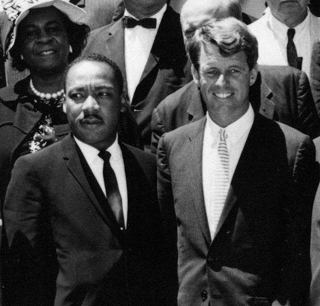 RFK i Martin Luther King. Źródło: Wikimedia Commons, domena publiczna.
