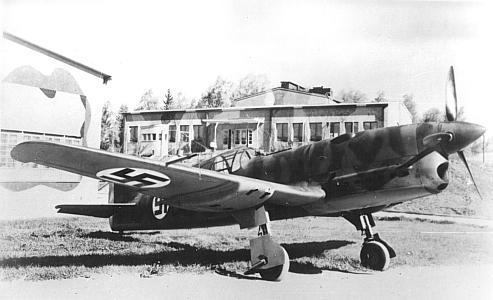 Fiński Caudron CR.714. Źródło: Wikimedia Commons, domena publiczna.