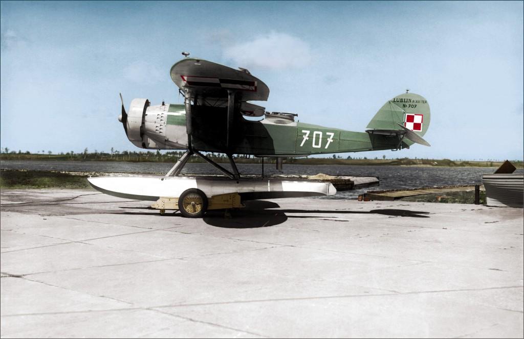 Wodnosamolot R-XIII ter/hydro używany przez Morski Dywizjon Lotniczy w Pucku
