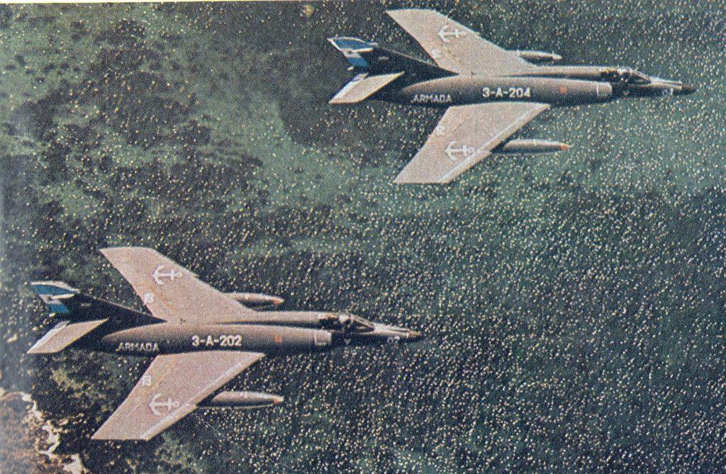 Argentyńskie Super Etendardy w 1982 roku. Źródło: Wikimedia Commons, domena publiczna.