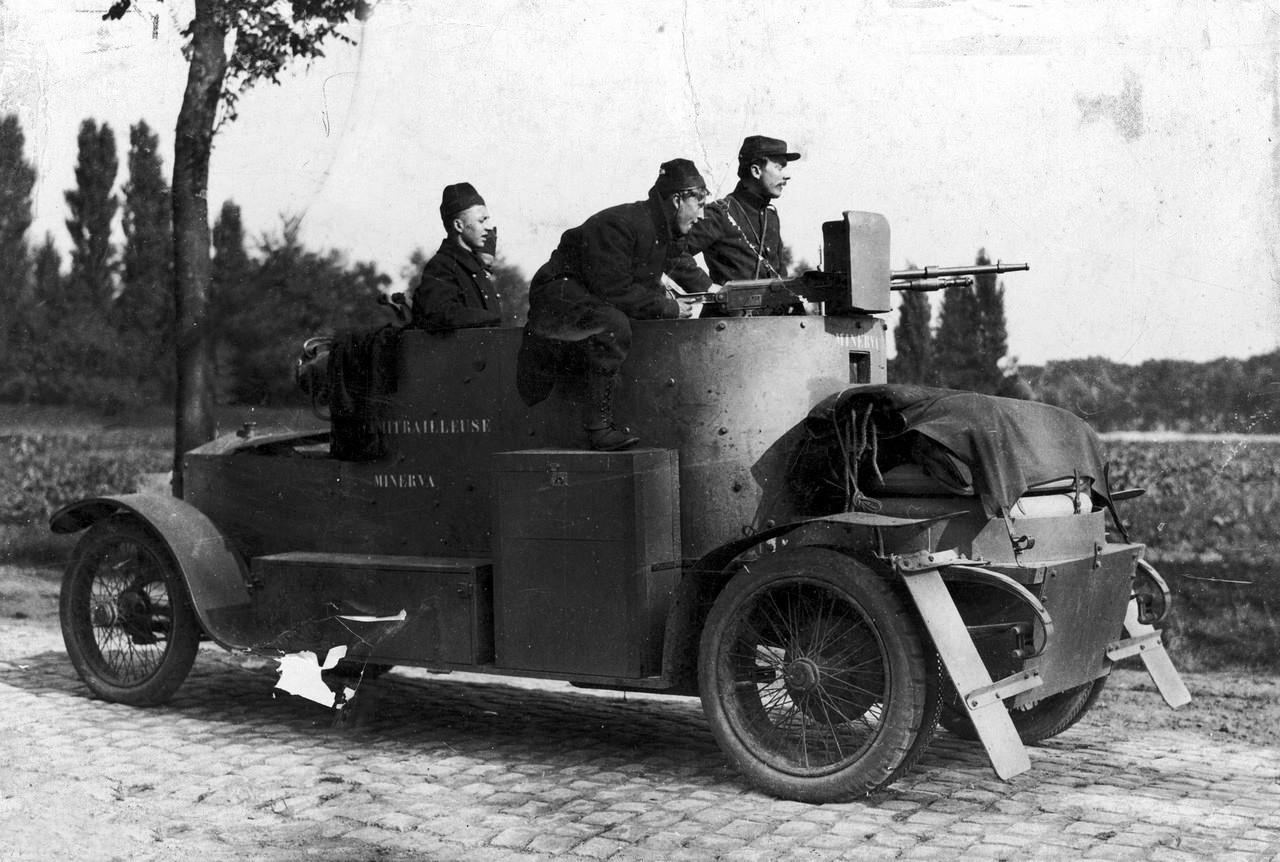 Belgijski samochód pancerny Minevra, 1914 rok.