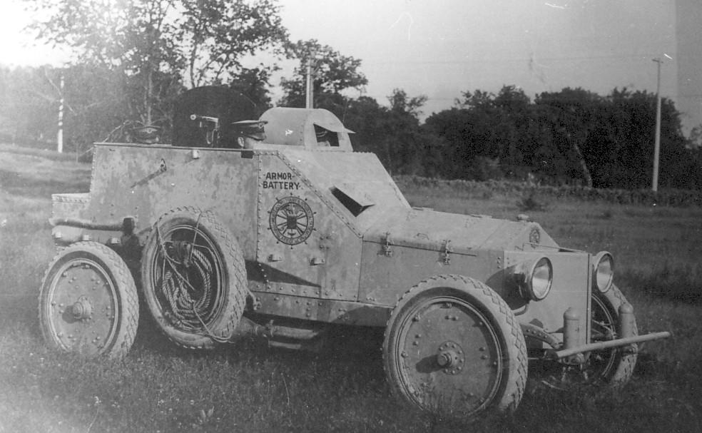 Amerykański samochód pancerny, którego konstruktorem był Royal P. Davidson, 1915.